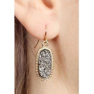 Jewelry - ✨SALE!✨NEW! 5⭐️CHIC HEMATITE DRUZY DROP EARRINGS
